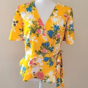 Live 4 truth yellow floral blouse size large